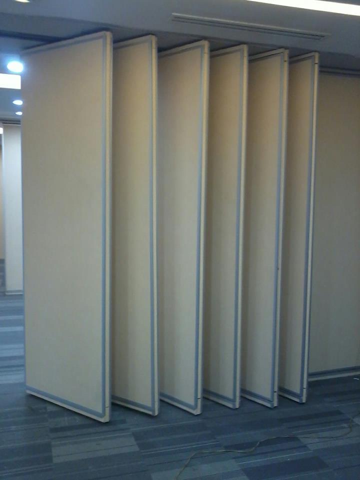Referensi Desain Partisi Ruangan Kantor